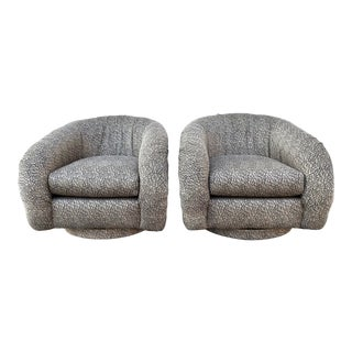 1980s Swivel Lounge Chairs After Milo Baughman - a Pair For Sale