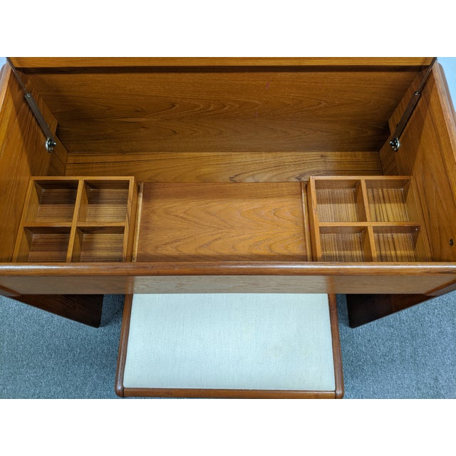 Wood Danish Makeup Vanity With Stool For Sale - Image 7 of 10