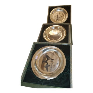"Sterling Franklin Mint Bird Plate,""The Cardinal"" by Richard Evans Younger - Set of 3 For Sale"