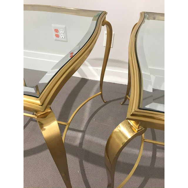 Hollywood Regency Brass and Glass Henredon Side Tables - a Pair For Sale In Detroit - Image 6 of 13