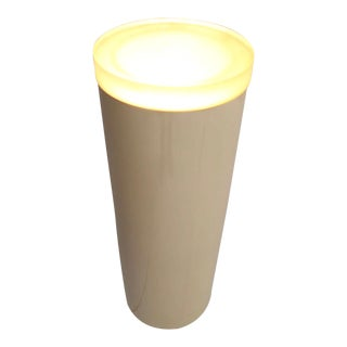 1970s Mid Century Modern Light Up Fiberglass and Lucite Pedestal For Sale