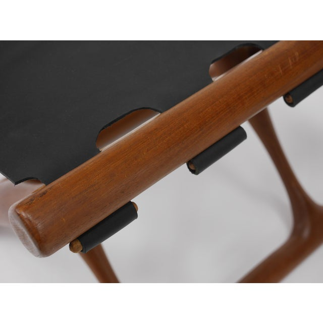 """Brown Pair of """"Guldhøj"""" Stools by Poul Hundevad For Sale - Image 8 of 9"""
