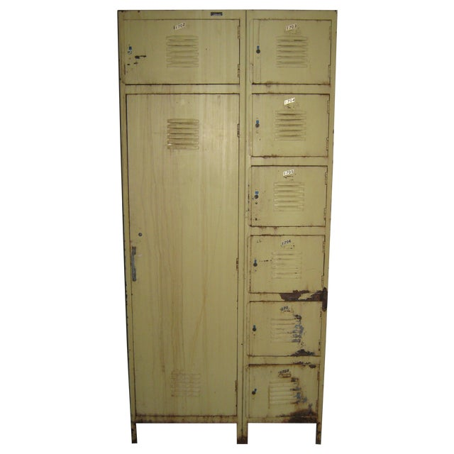 Industrial 8-Compartment Locker Unit - Image 1 of 11