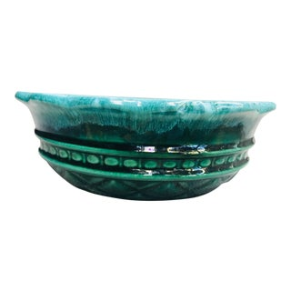 Mid Century 1960's Evergreen Imperial Drip Pottery Bowl by Hull For Sale