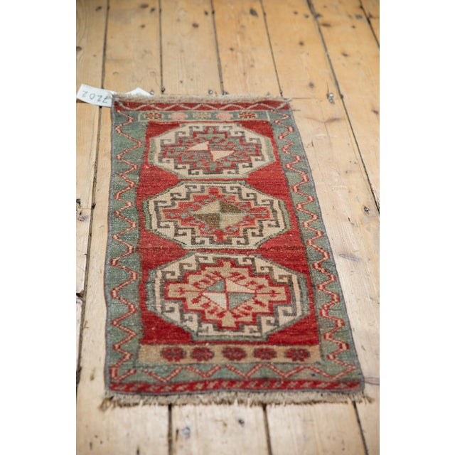 """Old New House Vintage Distressed Oushak Rug Mat - 1'4"""" X 2'10"""" For Sale - Image 4 of 7"""