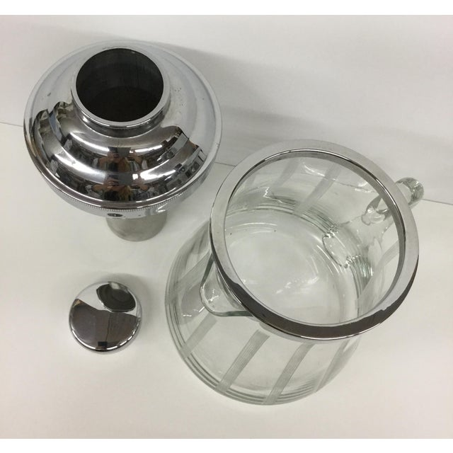 1960s Mid-Century Modern Mint Glass Decanter For Sale - Image 10 of 11