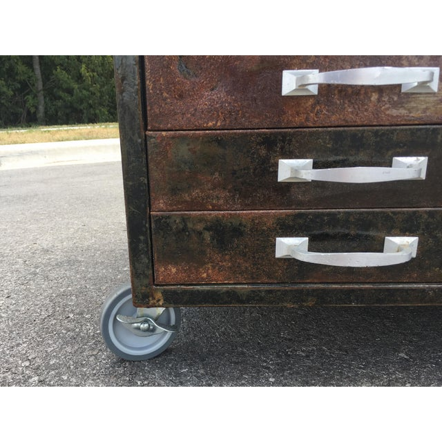 Cole Steel 1980s Industrial Reclaimed Flat File Coffee Table For Sale - Image 4 of 13