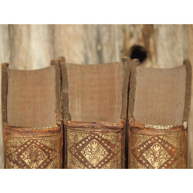 Set of 18th Century French Leather Bound Books, Les Vies Des Saints, 1715 For Sale In Dallas - Image 6 of 13