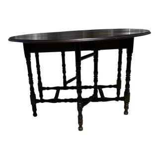 1920s Antique Gate Leg Pembroke Drop-Leaf Table For Sale