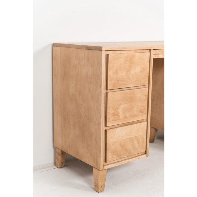 Mid-Century Modern 1940s Mid-Century Modern Russel Wright for Conant Ball Maple Partner Desk For Sale - Image 3 of 10