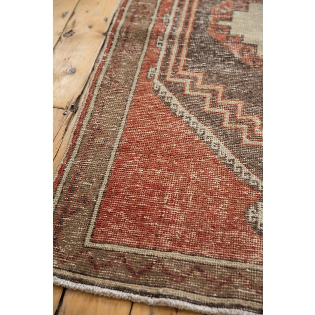 "White Vintage Distressed Oushak Rug Runner - 3'9"" X 11'3"" For Sale - Image 8 of 13"