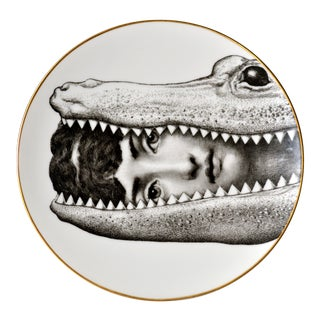 Rosenthal Piero Fornasetti Themes & Variation Porcelain Plate Motiv 24, Crocodile, 1980s For Sale