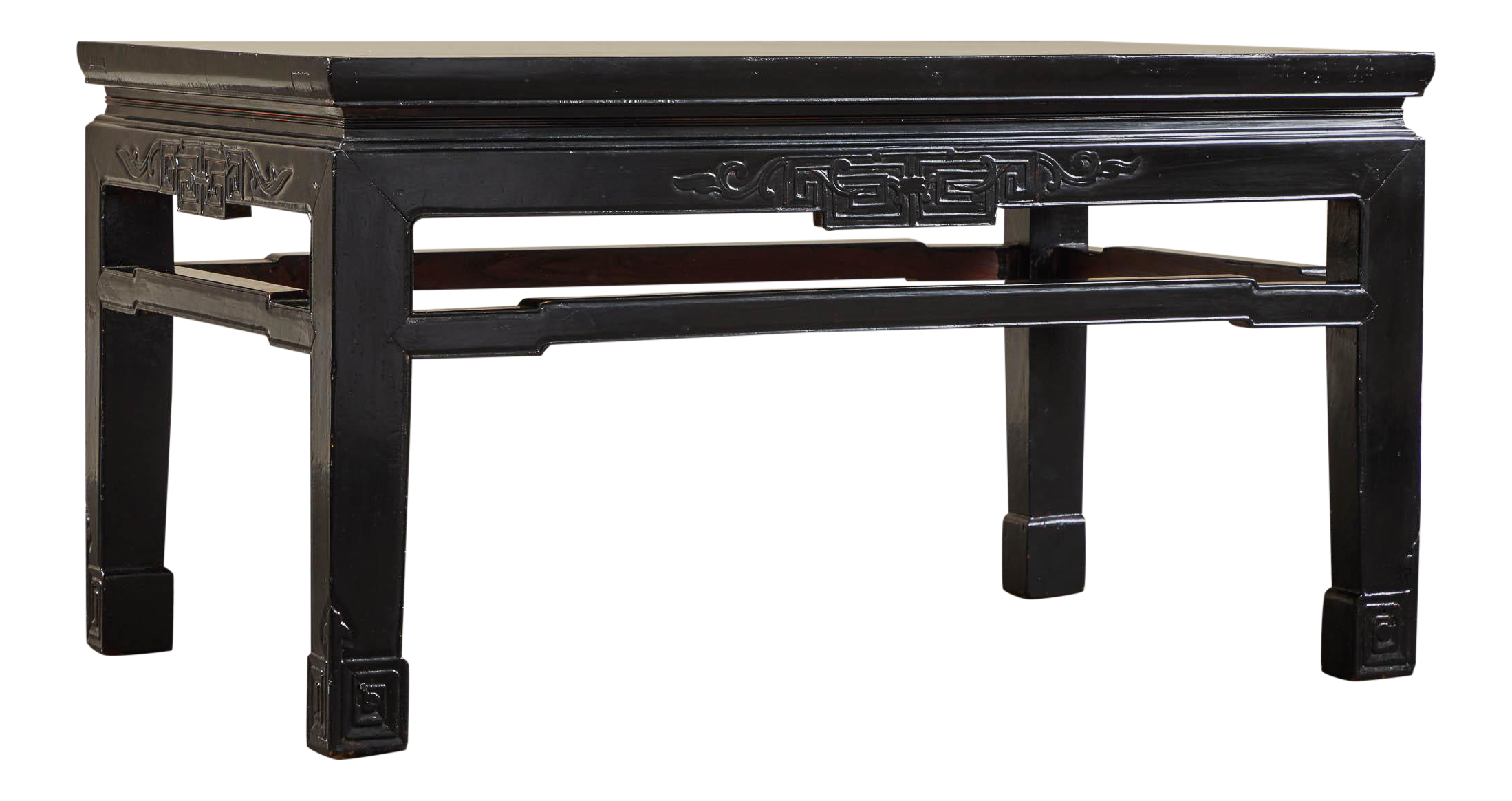 18th C. Low Black Lacquer Kang Table For Sale