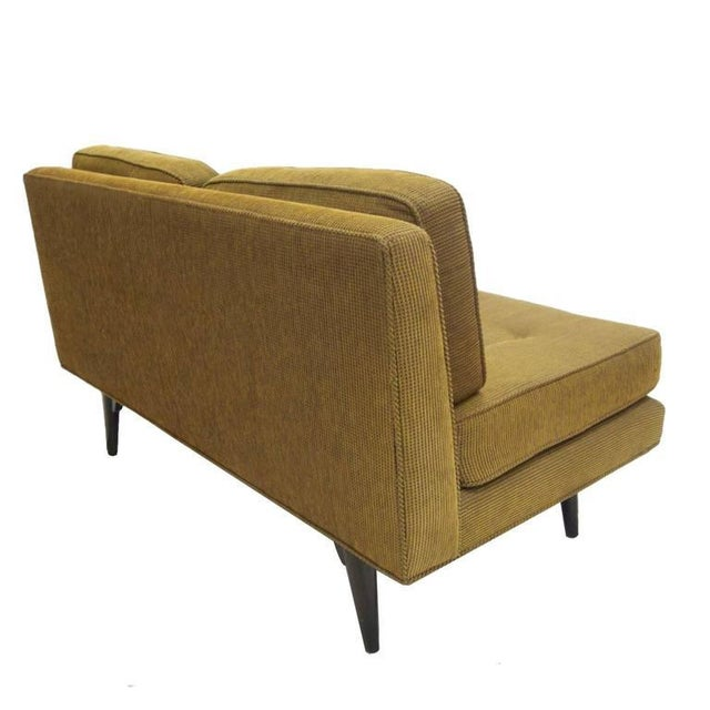 1950s Elegant Two-Seat Edward Wormley for Dunbar Settee Sofa For Sale - Image 5 of 7