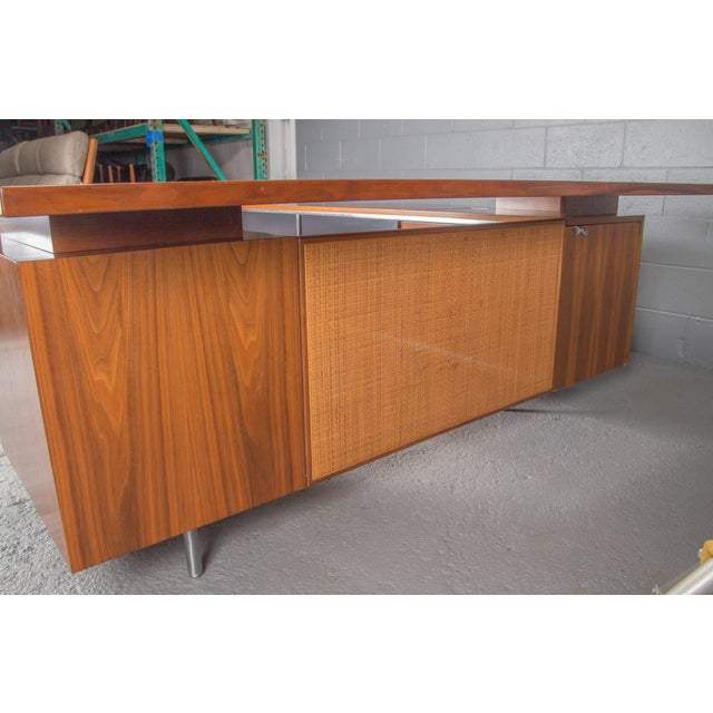 Brown Executive L-Shaped Desk Unit by George Nelson for Herman Miller For Sale - Image 8 of 10