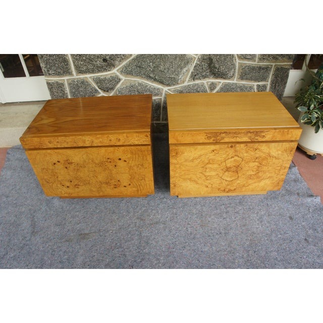 Mid-Century Modern 1970s Mid-Century Modern Milo Baughman for Lane Altavista Bookmatched Burl Olivewood Nightstands - a Pair For Sale - Image 3 of 13