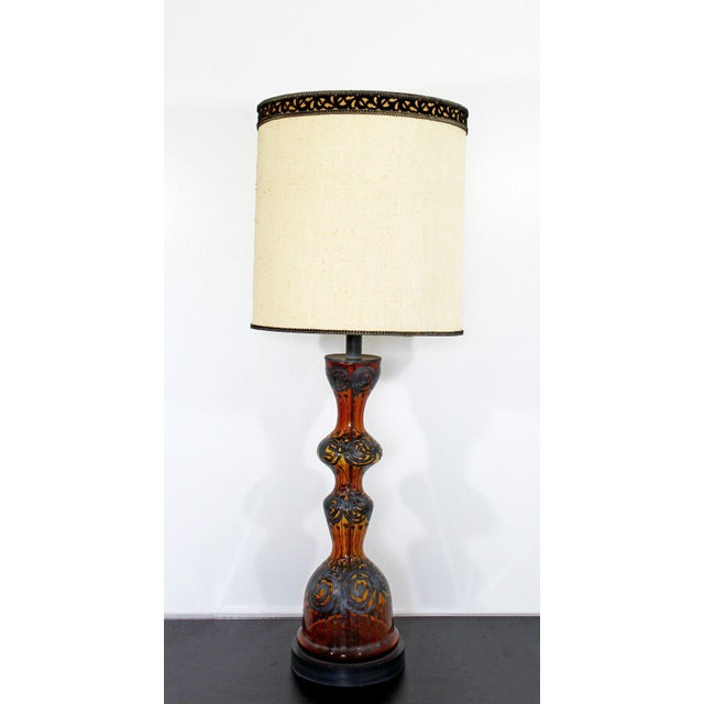 1940s Mid Century Modern Amber Painted Sterling Silver Glass Table Lamp With Shade For Sale - Image 5 of 12