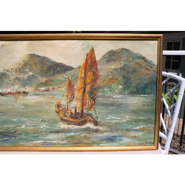 "Asian Mid-Century Oil on Board Titled ""Hong Kong"" Depicting Junk Boat Harbour Scene For Sale - Image 3 of 12"