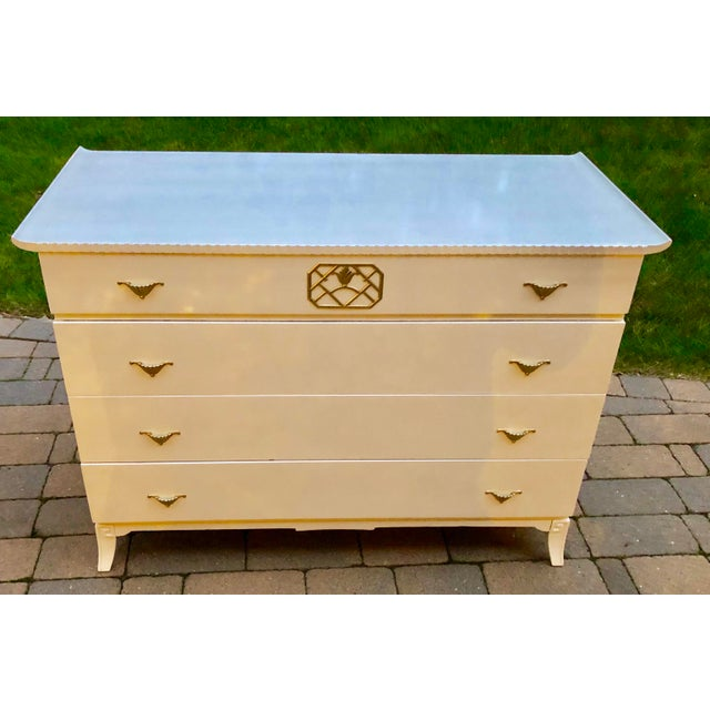 Mid Century Modern White Lacquered Chinoiserie Style Chest For Sale In New York - Image 6 of 7