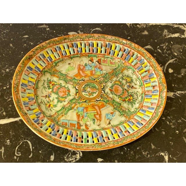 Chinese Famille Verte Pierced Bowl and Under Plate For Sale - Image 3 of 13