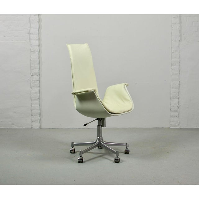 Mid-Century Modern Design White Leather High Back 'Bird' Desk Chair by Preben Fabricius for Alfred Kill International, 1960s For Sale - Image 6 of 13