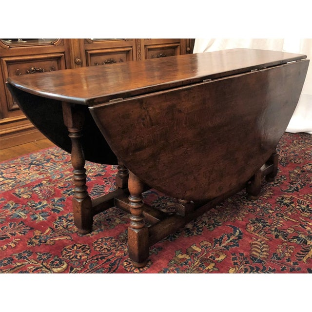 English Traditional English Drop Leaf Yew-Wood Round Table For Sale - Image 3 of 8