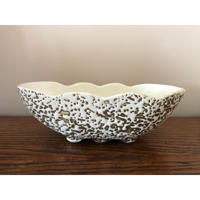 Mid-Century Modern White and Gold Spatter-Painted Planter For Sale In South Bend - Image 6 of 11