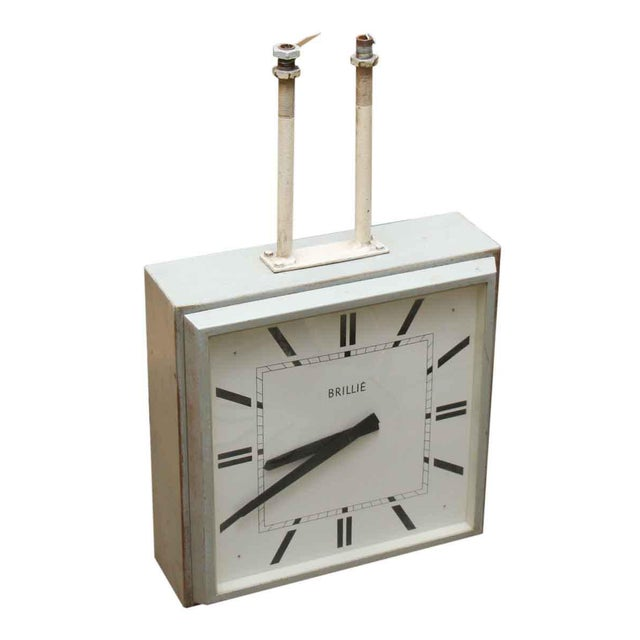 Double sided clock from Europe. Please inquire about its working condition, as it is unknown.