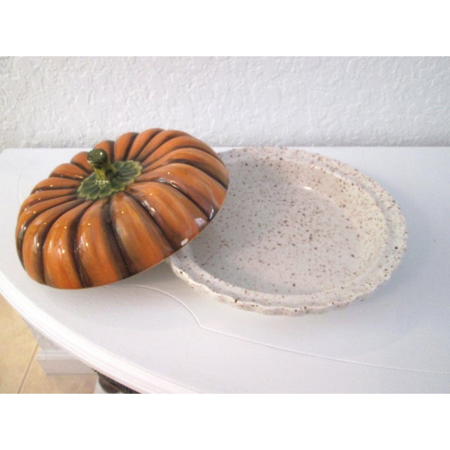 Vintage Ceramic Lidded Pumpkin Pie Dish - Image 5 of 7