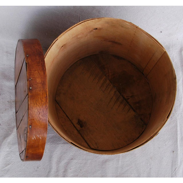 Vintage Rustic Round Wood Lidded Box - Image 9 of 11