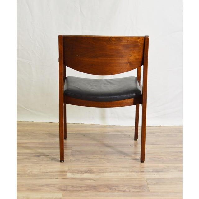 Gunlocke Vintage Teak Black Leather Gunlocke Chair For Sale - Image 4 of 10