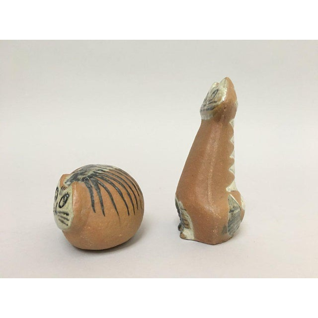 Mid-Century Modern Lisa Larson Scandinavian Modern Stoneware Cat Figurines - Set of Two For Sale - Image 3 of 9