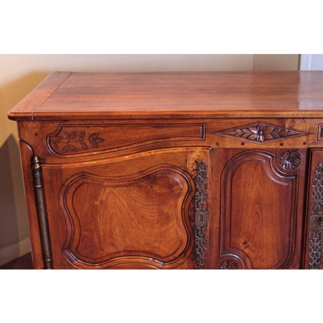 Brown 18th Century French Louis XV Carved Walnut Two-Door Buffet from Provence For Sale - Image 8 of 10