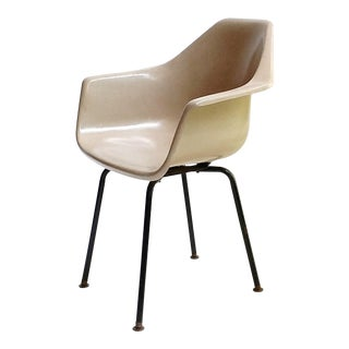 Robin Day Uk Fiberglass Armchair For Sale