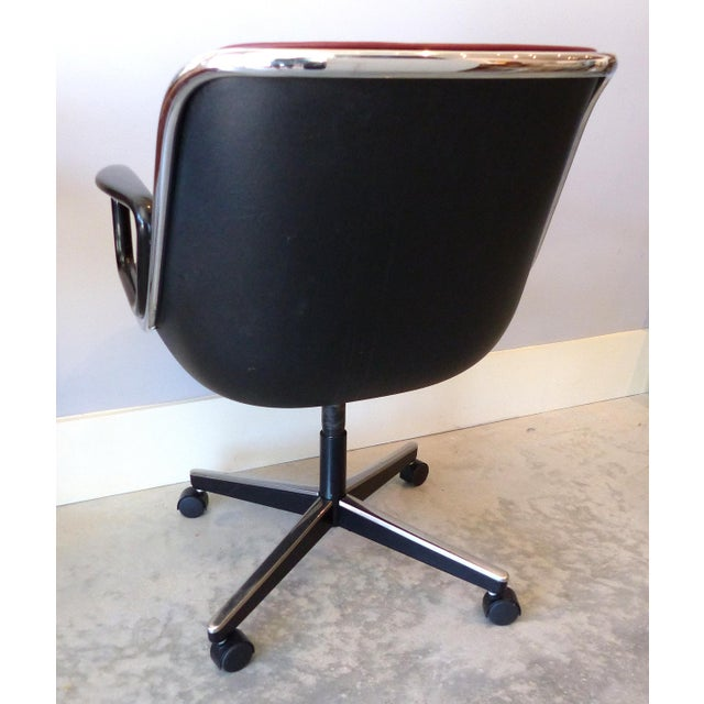 1980s Charles Pollack Modern Executive Swivel Chairs for Knoll- 3 Pairs Available For Sale - Image 5 of 12