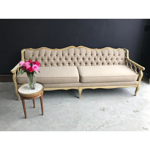 Enjoyable Restored Vintage French Cream And Gold Tufted Sofa Home Interior And Landscaping Analalmasignezvosmurscom