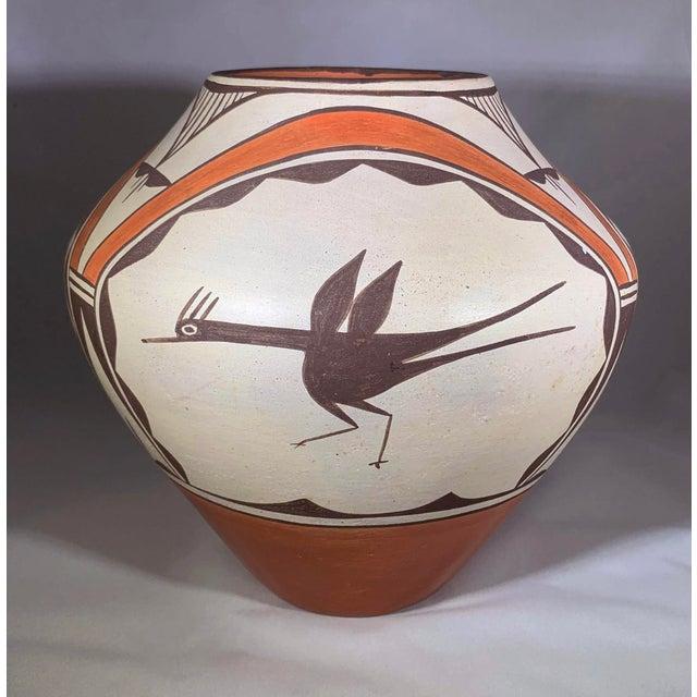 Folk Art Southwest Zia Pueblo Roadrunner Polychrome Pottery For Sale - Image 3 of 12
