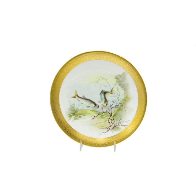 Late 19th Century French Victorian Porcelain Dinner Plates - Set of 12 For Sale - Image 5 of 11