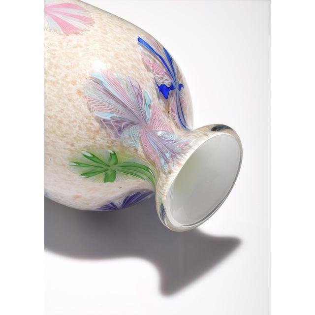 Glass Vintage Dino Martens Pinwheel Design Vase, Provenance Lobel For Sale - Image 7 of 9