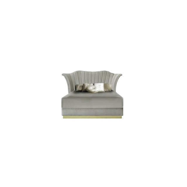 Caprichosa Bed From Covet Paris For Sale - Image 6 of 6