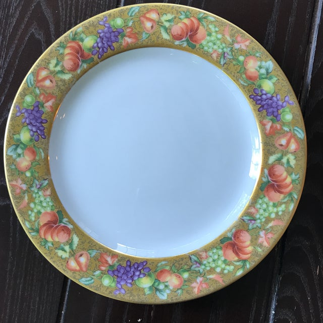 French Limoges Ancienne Manufacture Royale 'Botticelli ' Plates - a Pair For Sale - Image 3 of 5
