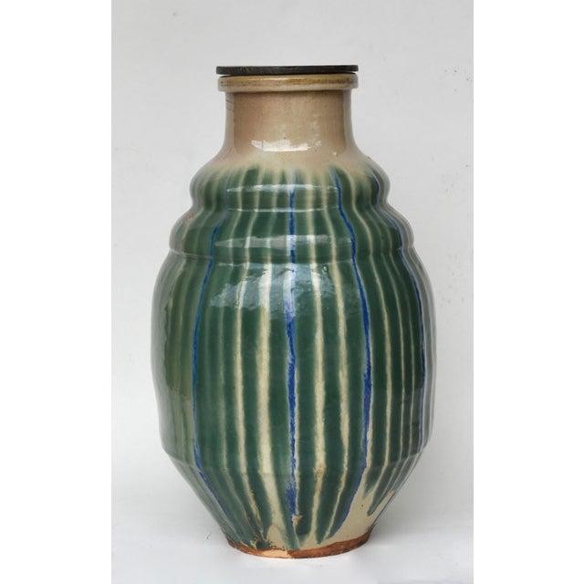 Stunning 19th-C Japanese Shigaraki Ceramic Water Storage Jar For Sale In Los Angeles - Image 6 of 9