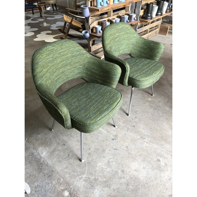 Green Saarinen for Knoll Executive Armchairs - A Pair For Sale In Philadelphia - Image 6 of 10