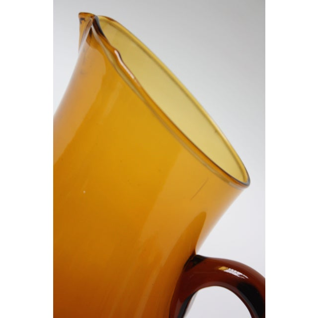 Mid Century American Modern Brown Glass Pitcher / Creamer by Pilgrim For Sale In New York - Image 6 of 8