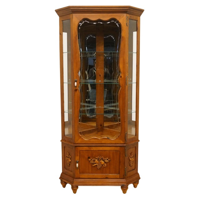20th Century French Country Pulaski Furniture Display Curio Cabinet