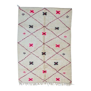 1970s Vintage Moroccan Rug.-5′1″ × 7′ For Sale