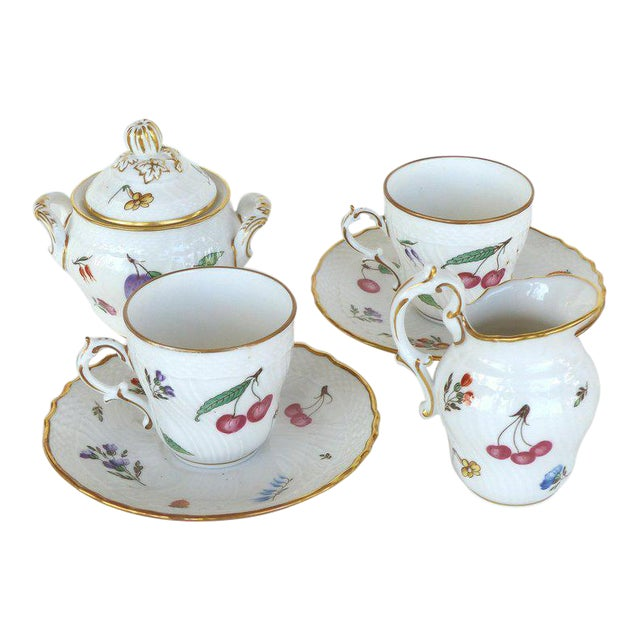 """Richard Ginori (Italy) """"Perugia"""" Lidded Sugar Bowl, Creamer, Cups and Saucers For Sale"""