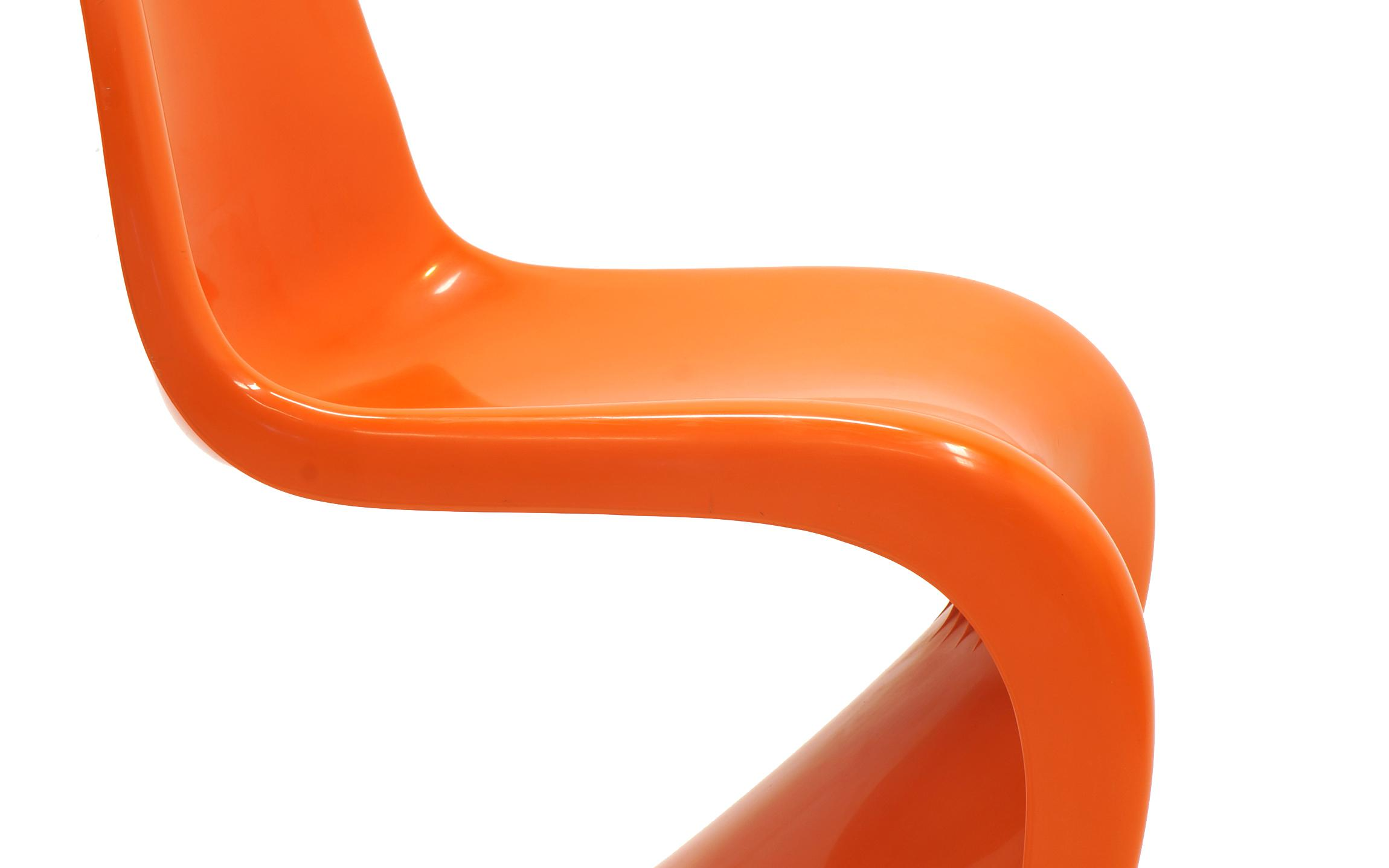 Set Of Seven Orange Verner Panton S Chairs, Early Herman Miller Production    Image 8