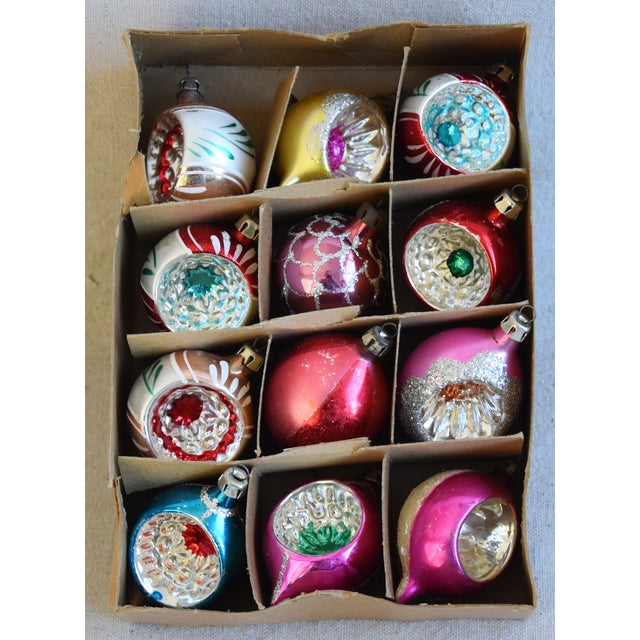 Adirondack Midcentury Vintage Colorful Christmas Ornaments W/Box - Set of 12 For Sale - Image 3 of 9