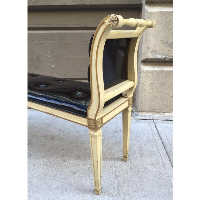 1950s Painted Louis XIV Style Tufted Window Bench For Sale - Image 5 of 6
